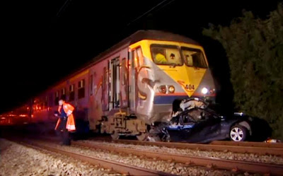 train crash with a car