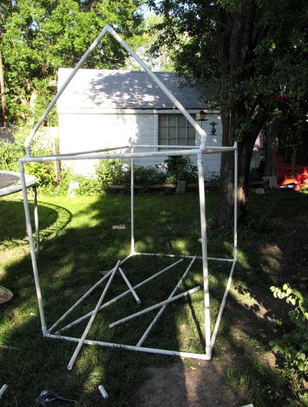 Kids playhouse made with pvc pipe and fittings for Pvc playhouse kit