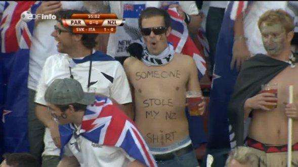 http://1.bp.blogspot.com/_G43rpPEkw6I/TCN4hGIb7-I/AAAAAAAAAYM/caBtMyeD4bQ/s1600/new_zealand_stole_my_shirt-fans_soccer_World_Cup_2010-728118.jpg