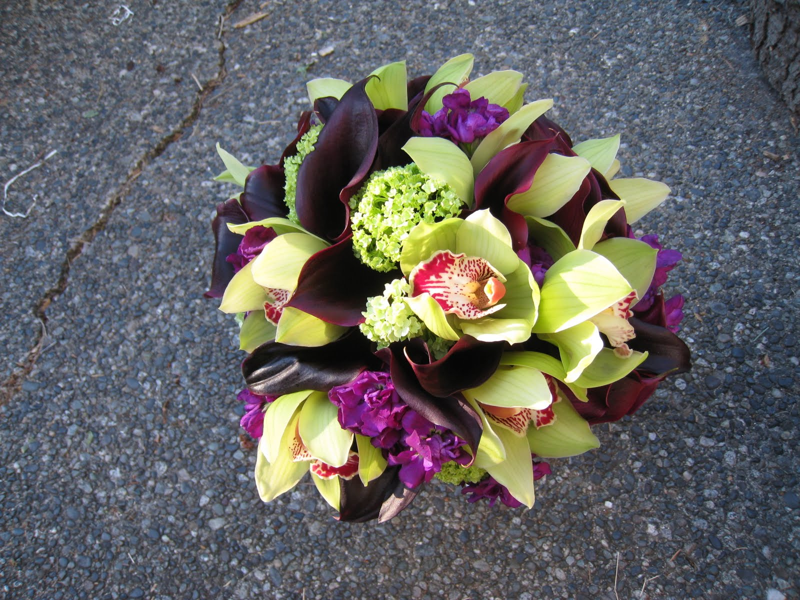 Designs By Courtney Wedding And Event Flowers Purple And Green Wedding Supe