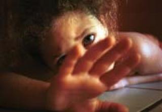 http://1.bp.blogspot.com/_G4ltyZ5W-qs/TFW9Vz96YZI/AAAAAAAAAso/9N1hHe1BV_4/s1600/exploracao_sexual_infantil_1179519711_09.jpg