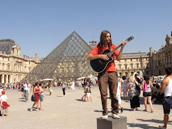 mais cela, c'est le Louvre!