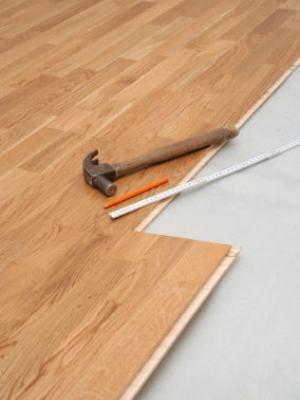 Hazlo tu mismo como colocar un piso flotante - Como nivelar un piso para colocar piso flotante ...