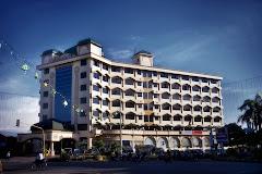 Madani Hotel Medan ( Milik H.Masri Putra Minang-Padang )