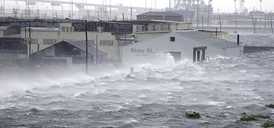 Hurricane Gustav slams Louisiana
