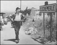 Fernandel dans 'Le chômeur de Clochemerle' de Jean Boyer (1957)