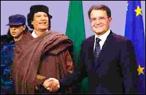 Après 15 ans de rupture, visite officielle du Colonel Kadhafi auprès de la Commission européenne le 27 avril 2004. Il sera reçu par Romano Prodi et ensuite par le Gouvernement belge.