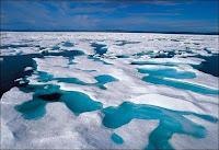 La fonte de la banquise en Arctique. Document Alamy.