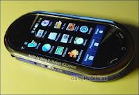 Le smartphone Samsung M7600.