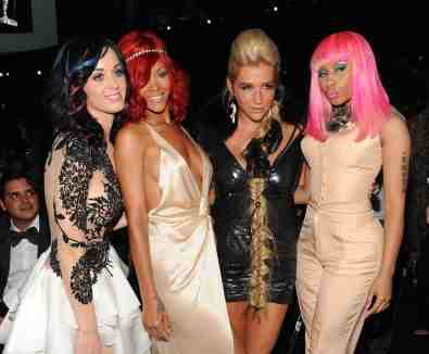Katy Perry, Rihanna, Ke$ha and Nicki Minaj.. back off Bieber!