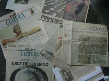 Jornais da época .