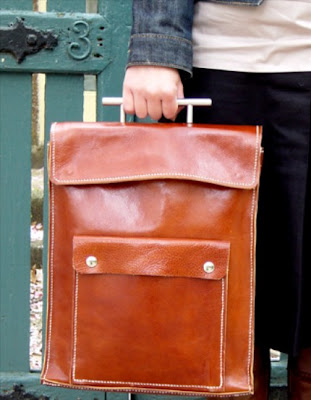 handmade leather bag from neikodesigns