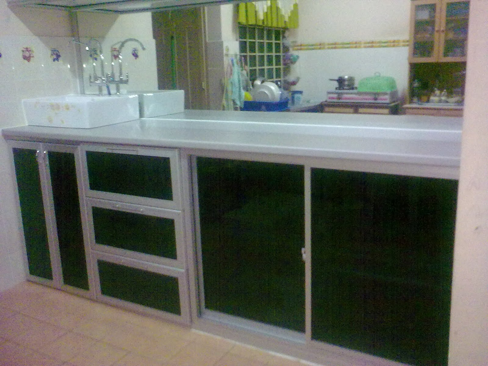 Aluminium Kitchen CabiDoor