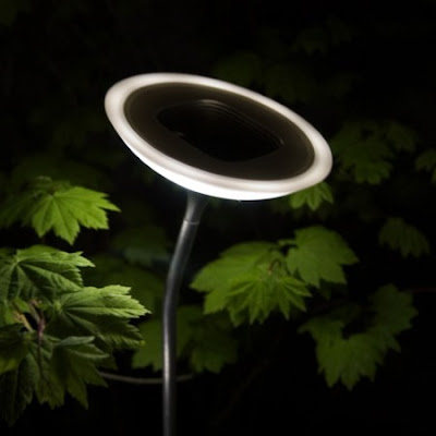 solarpowered outdoor lighting system from corona