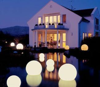 moonlight-orbs-led-outdoor-lighting