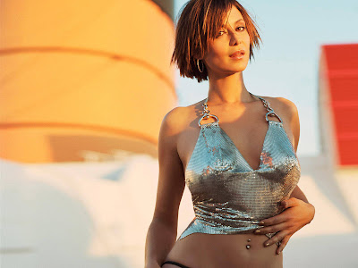 CATHERINE BELL BIKINI WALLPAPERS