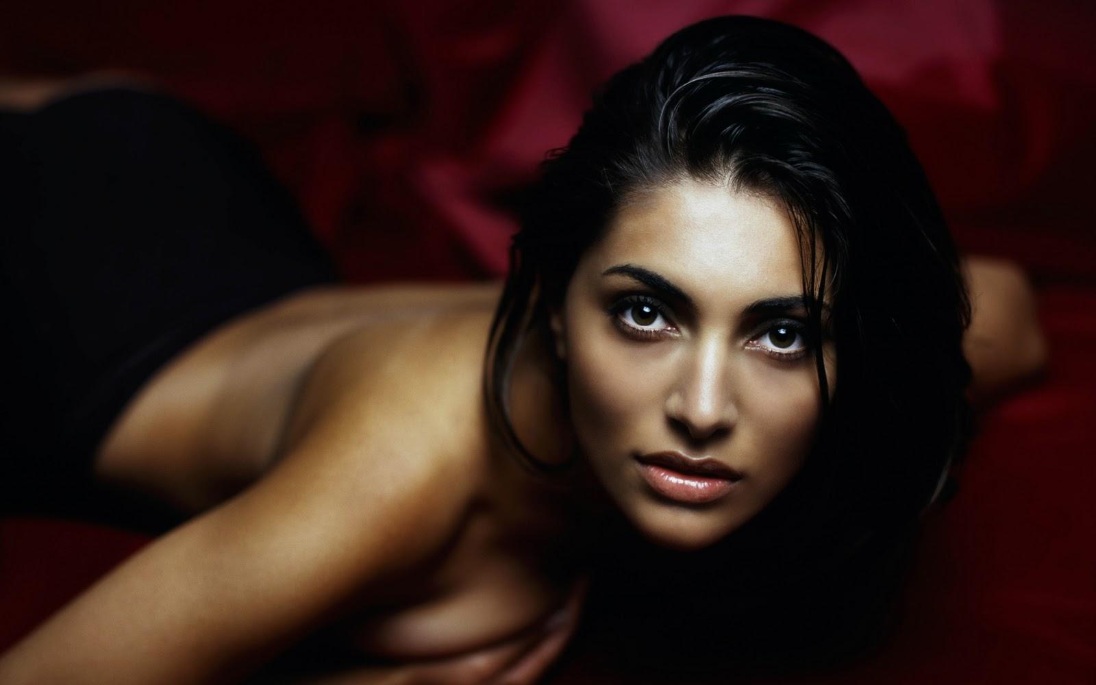http://1.bp.blogspot.com/_GCAuqodmOE4/TK18xlBZuRI/AAAAAAAADOY/y5nfqdNdZXs/s1600/Sexy+Italian+Actress+Caterina+Murino+Photos+%284%29.jpg