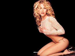 Hot Ice Dancer Julie Benz Sexiest Wallpapers Collection