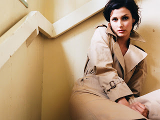 BRIDGET MOYNAHAN MODELING PICTURES