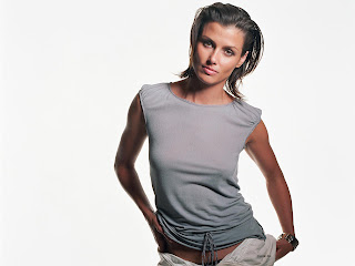 AMERICAN ACTRESS BRIDGET MOYNAHAN HOTTEST WALLPAPER EVER