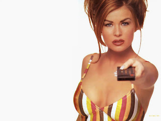 OHIO BORN CELEBRITY CARMEN ELECTRA HOTTEST PICS