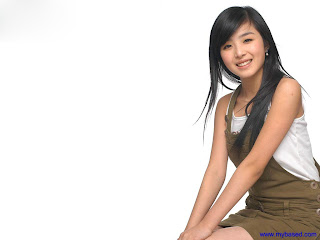 Beautiful Asian Celebrity Wallpaper
