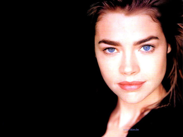 Denise Richards Hottest Wallpapers Gallery