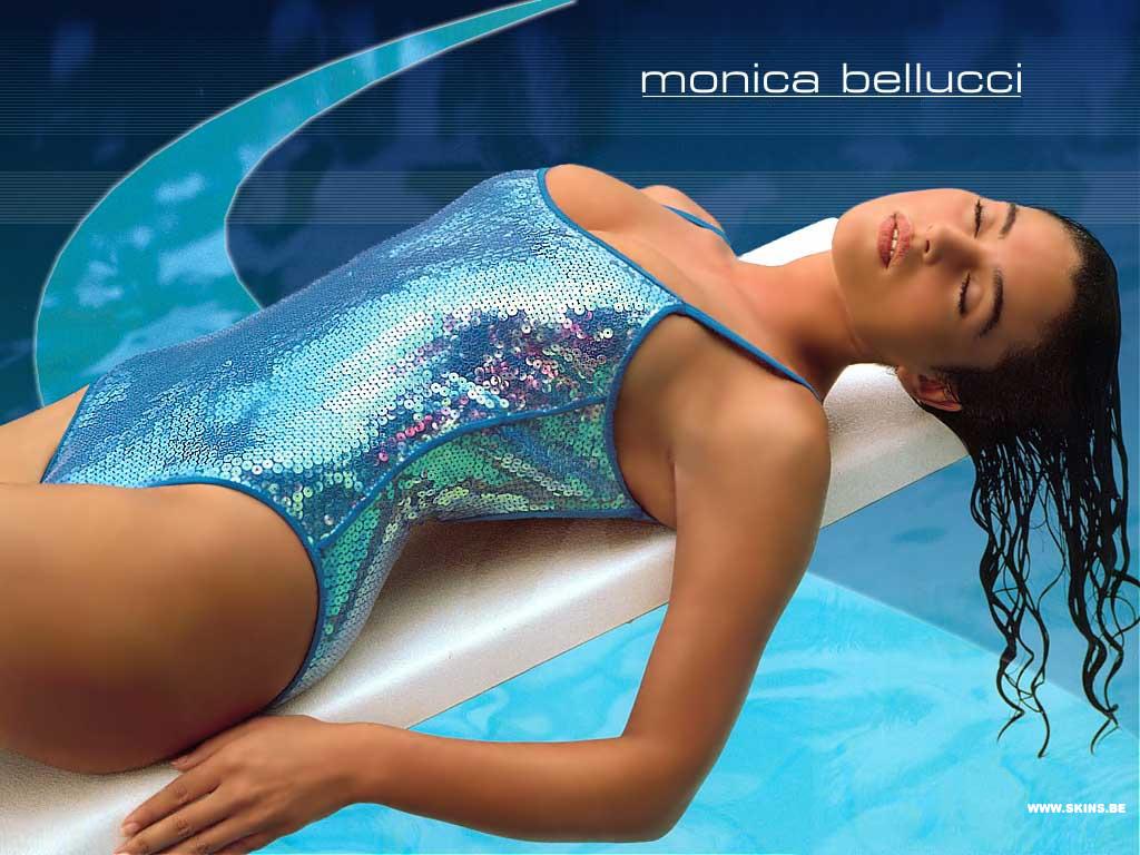 http://1.bp.blogspot.com/_GCAuqodmOE4/TPkINPipE4I/AAAAAAAAFHE/5kZ794WzSN8/s1600/Monica+Bellucci+0001.jpg