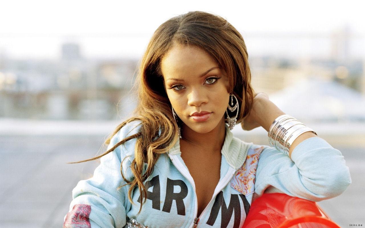 http://1.bp.blogspot.com/_GCAuqodmOE4/TR3-iJGe07I/AAAAAAAAGY8/2fObVgJ_bbk/s1600/Sexy+Rihanna+Widescreen+Wallpapers+1280x800+%25286%2529.jpg