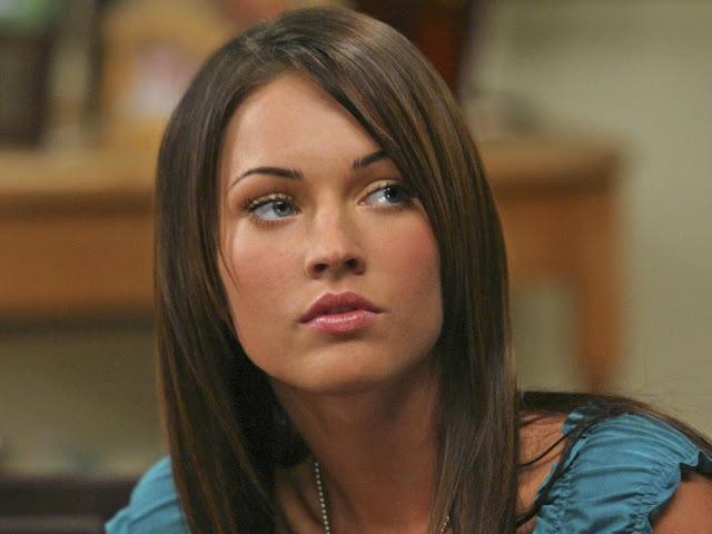 Hot Megan Fox Modeling Wallpapers 1600 * 1200