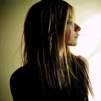 Famous Canadian Singer Avril Lavigne Photo Gallery