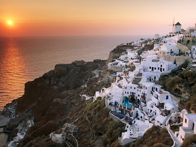 [Sunset+on+the+Island+of+Santorini,+Greece.jpg]
