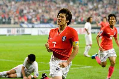 South Korea loss to Uruguay 1-2, but Fans still Proud
