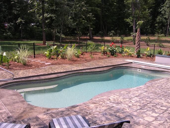 #18 Outdoor Swimming Pool Design Ideas