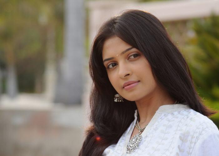 Vainavi Joy Actress Photos Gallery