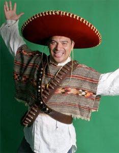 Carlos Mencia hat keinen Schwanz