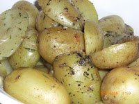 Braised Fingerlings with Thyme and Butter Sauce
