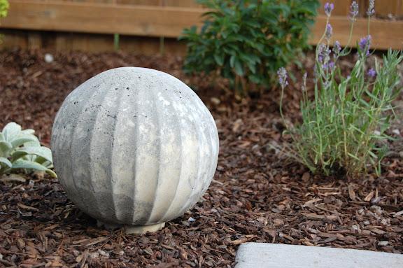 design gal her handyman concrete garden balls