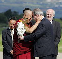 Dalai Lama meets with Director of Children in Crossfire
