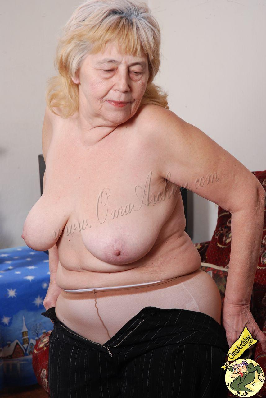 Nude Granny Grandma Naked