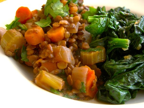 Wine-Braised Lentils with Garlic Sautéed Spinach