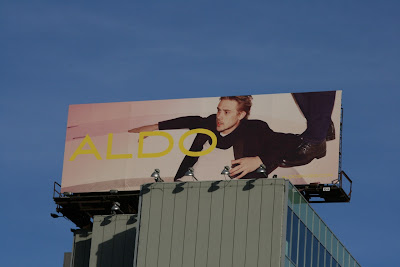 Bland Aldo fashion billboard