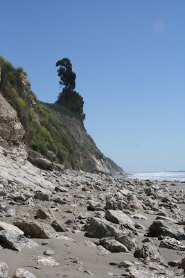 Hendry's Beach rocky shore