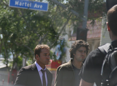 Adrian Grenier and Jeremy Piven with the cast of Entourage at a photoshoot on Santa Monica Blvd, West Hollywood