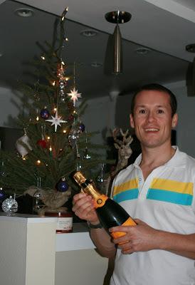 Jason in Hollywood celebrates Christmas Day 2008