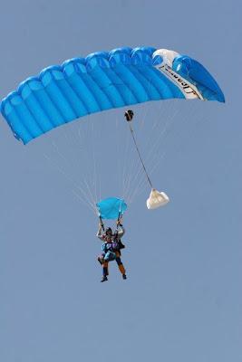 Tandem skydive parachute