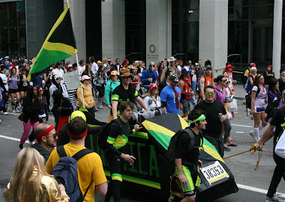 Cool Runnings float Bay to Breakers 2010