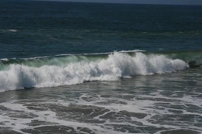 Big waves at Venice Beach
