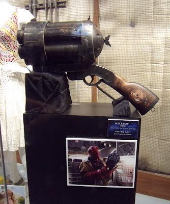 Hellboy 2 Big Baby gun movie prop