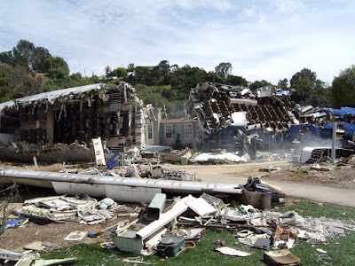 War of the Worlds plane crash set